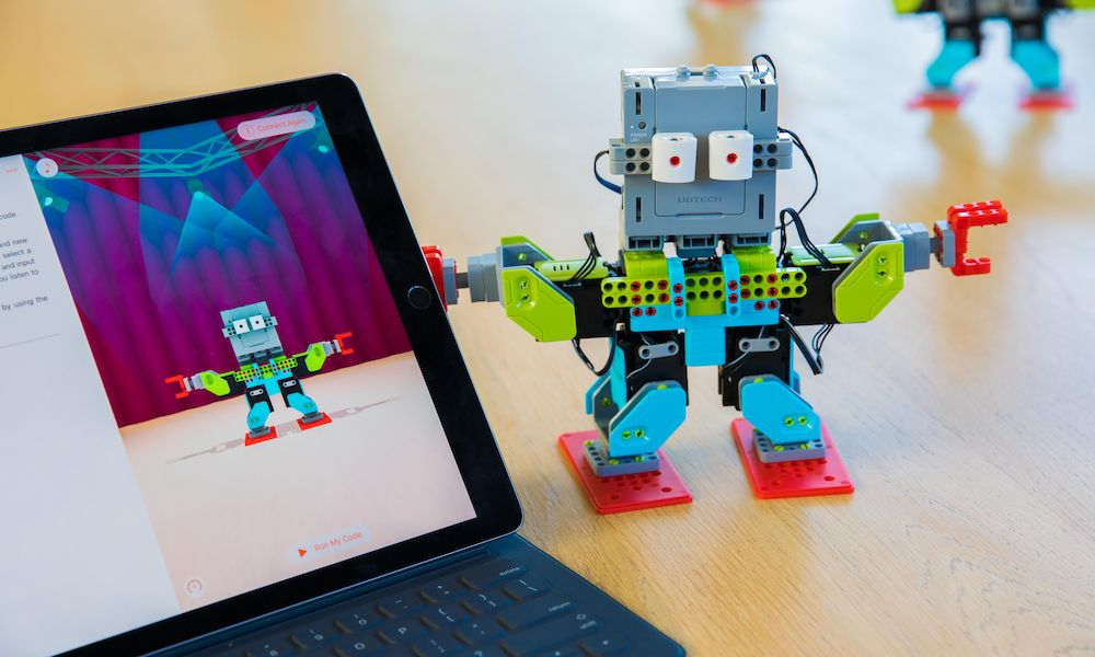 Are You Taking Advantage of Apple's Fun (and Free) Learn-to-Code App?