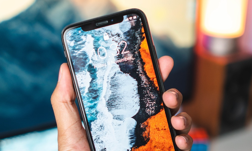 Does Your iPhone XS or XS Max Keep Dropping Calls? Here's How to Fix It