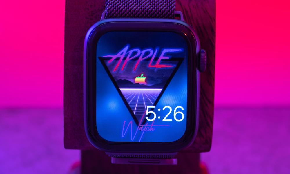 PSA: Think Twice Before Installing Custom Faces on Your Apple Watch