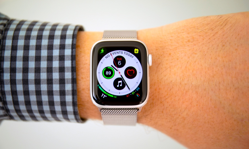Apple Officially Released watchOS 5.1.2 with ECG, New Complications and More