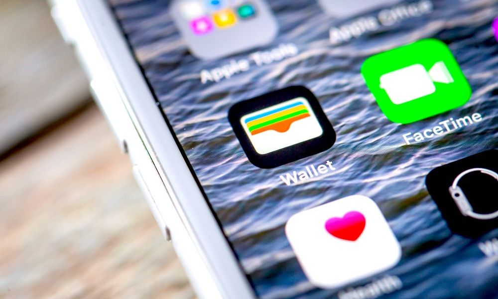How to Add Store Rewards Cards (and More) to Your iPhone's Wallet
