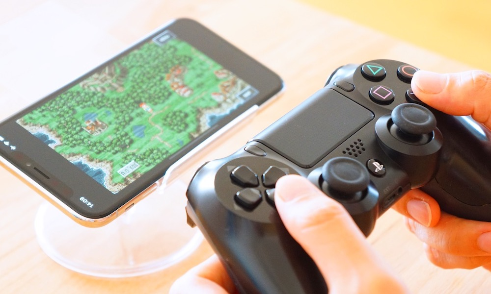 How to Connect Your PS4 and Xbox Controllers to Your iPhone or iPad