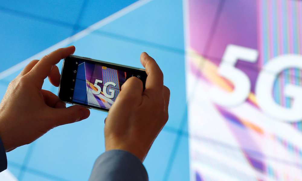 Next Year's 5G iPhones Will Use Superfast Qualcomm Chips