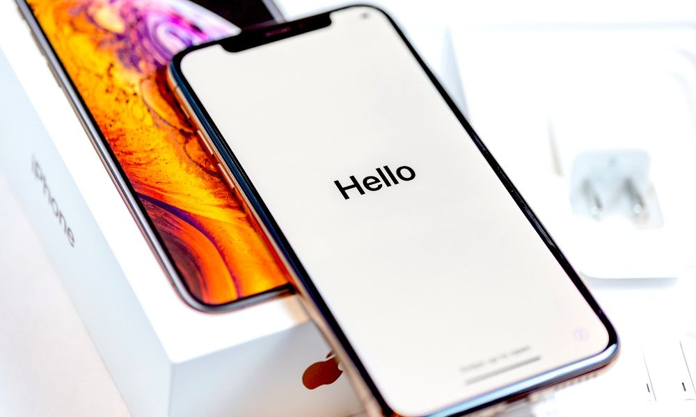 Why Right Now Is (Likely) the Best Time to Trade in Your iPhone XS
