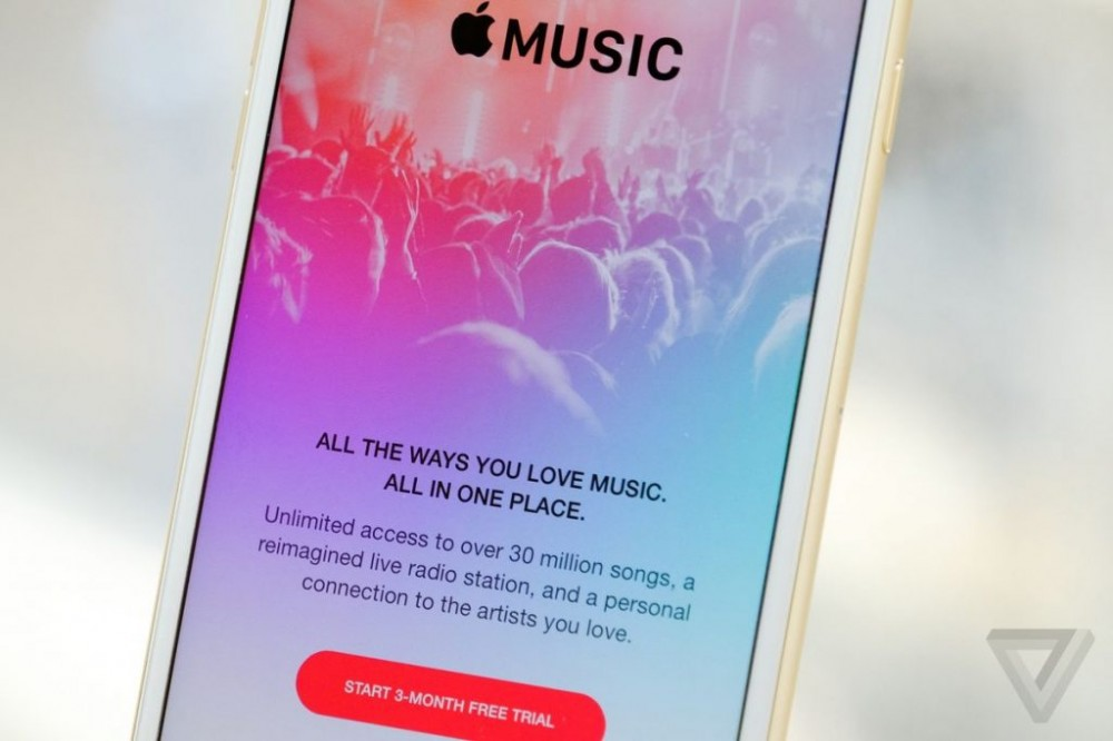 Apple agrees to a new licensing deal with Warner Music Group
