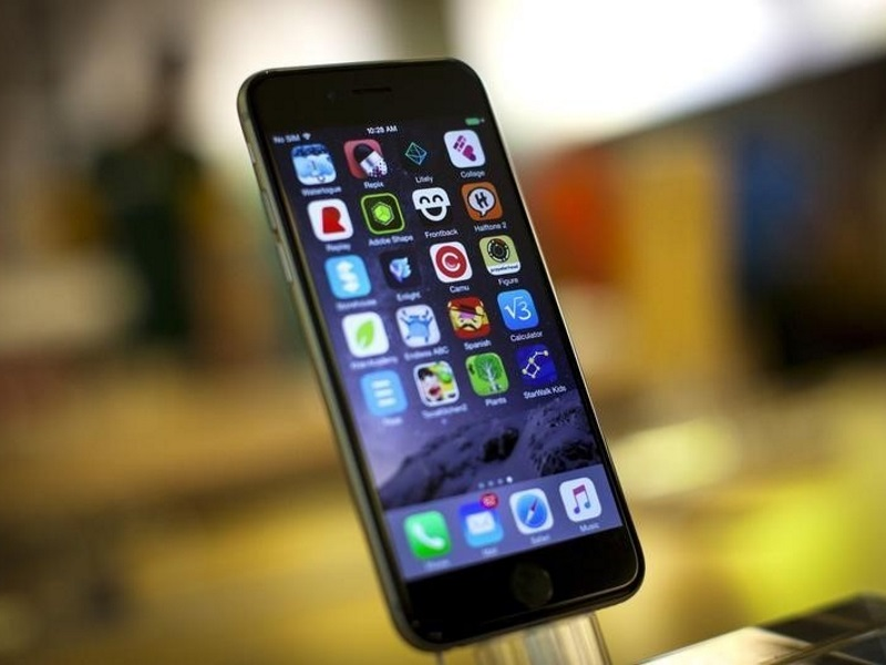 Delhiites Need to Work 360 Hours on Average to Buy the iPhone 6