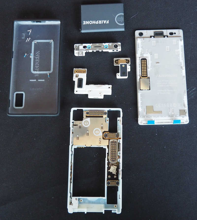 496196-fairphone-2-components