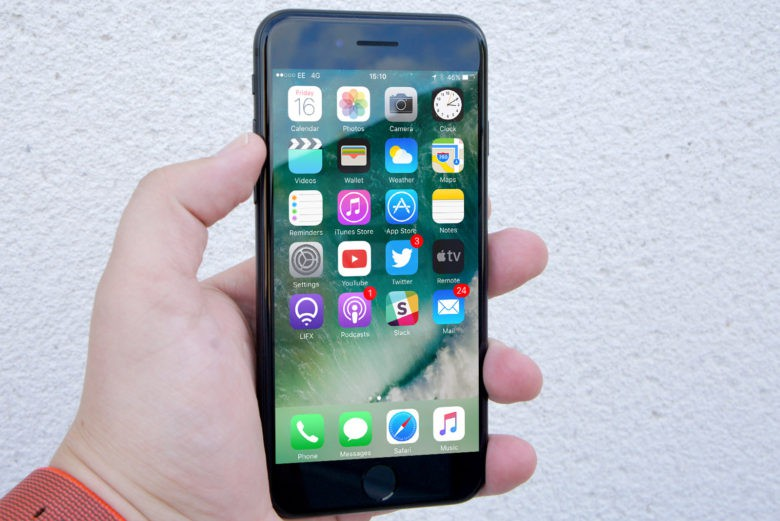 Apple rolls out iOS 10.0.3 to fix iPhone 7 connectivity issues