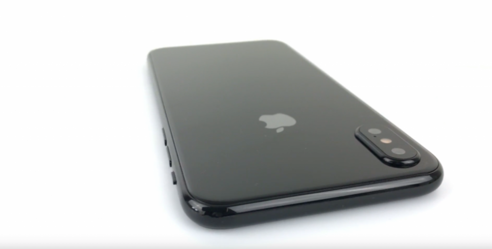 iPhone 8 may support 4K video at 60 FPS with front & rear cameras