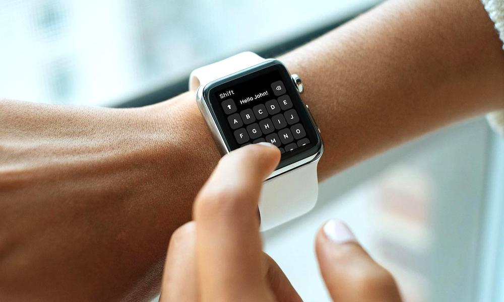 This App Adds a Full Keyboard to Your Teeny, Tiny Apple Watch