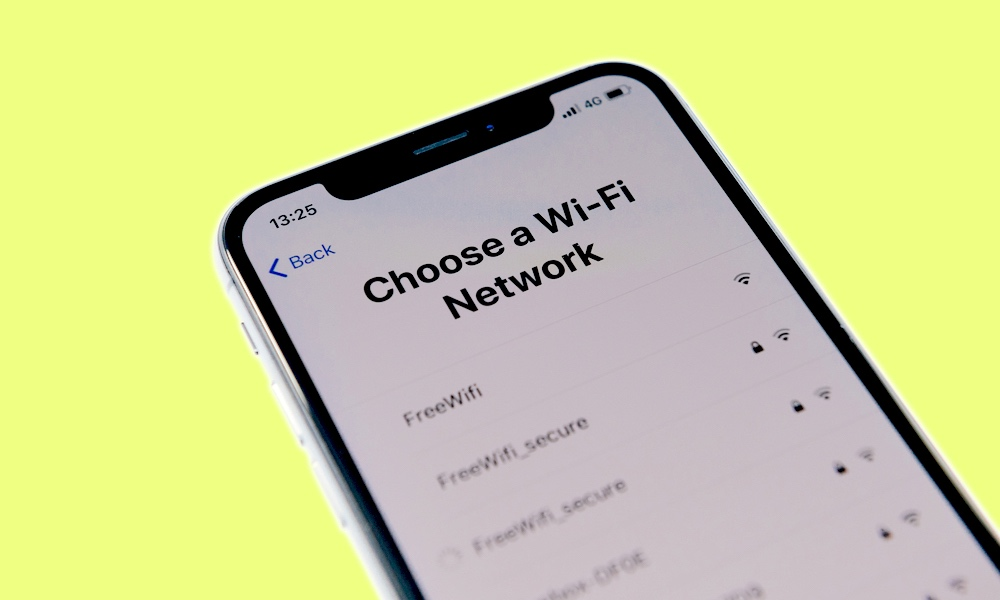 Want to Easily Share Your Wi-Fi Password with Your Guests? Here's How