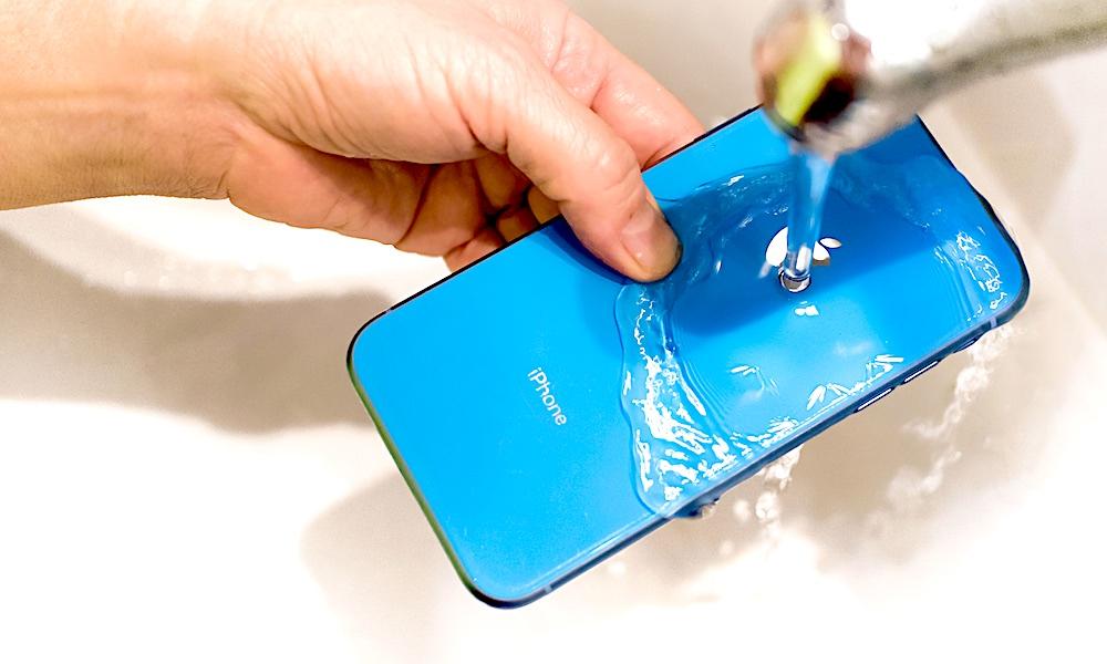 Apple Updates iPhone Disinfecting Rules Amid Coronavirus Outbreak