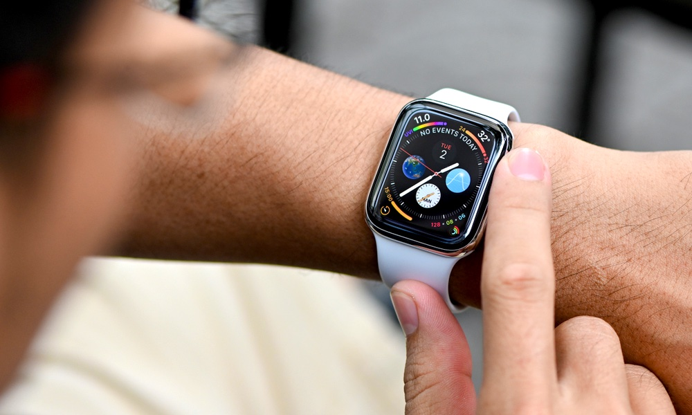 iOS 14 Hints at Apple Watch Sleep Tracking, Face Sharing and More