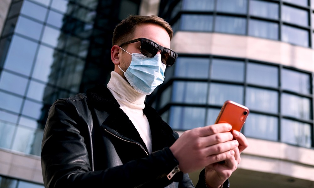 Apple Just Made It Easier to Unlock Your iPhone While Wearing a Mask