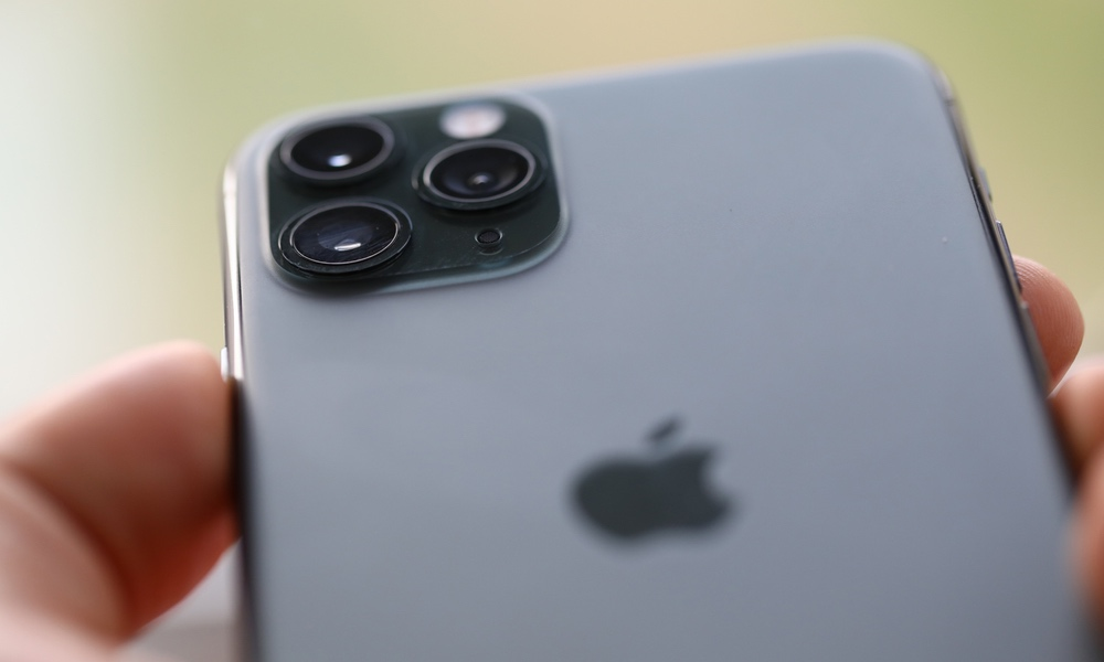Apple iPhone Trade-in Values Plunge