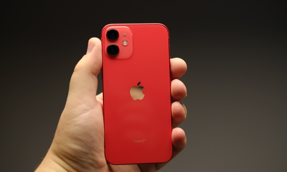 iPhone 12 mini Reviews   Does Apple's Tiniest Phone Live up to the Hype?